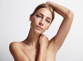 Haare im Gesicht lassen sich sanft mit dem Laser Entfernen